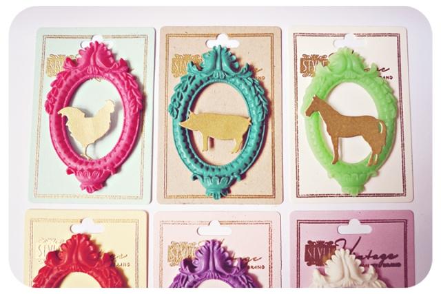 Oval Frame Animals