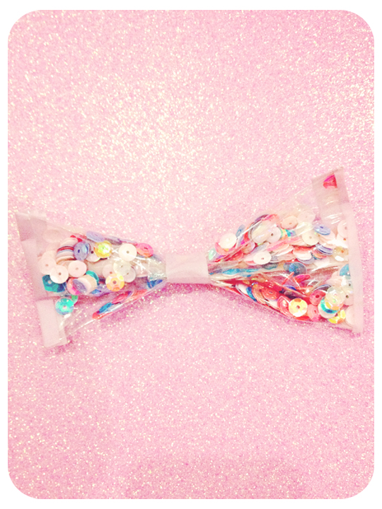 DIY Sequins Bow