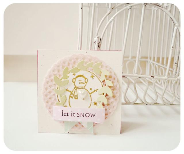 Let it snow Mini doily card