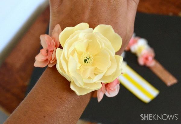 diy flower corsage