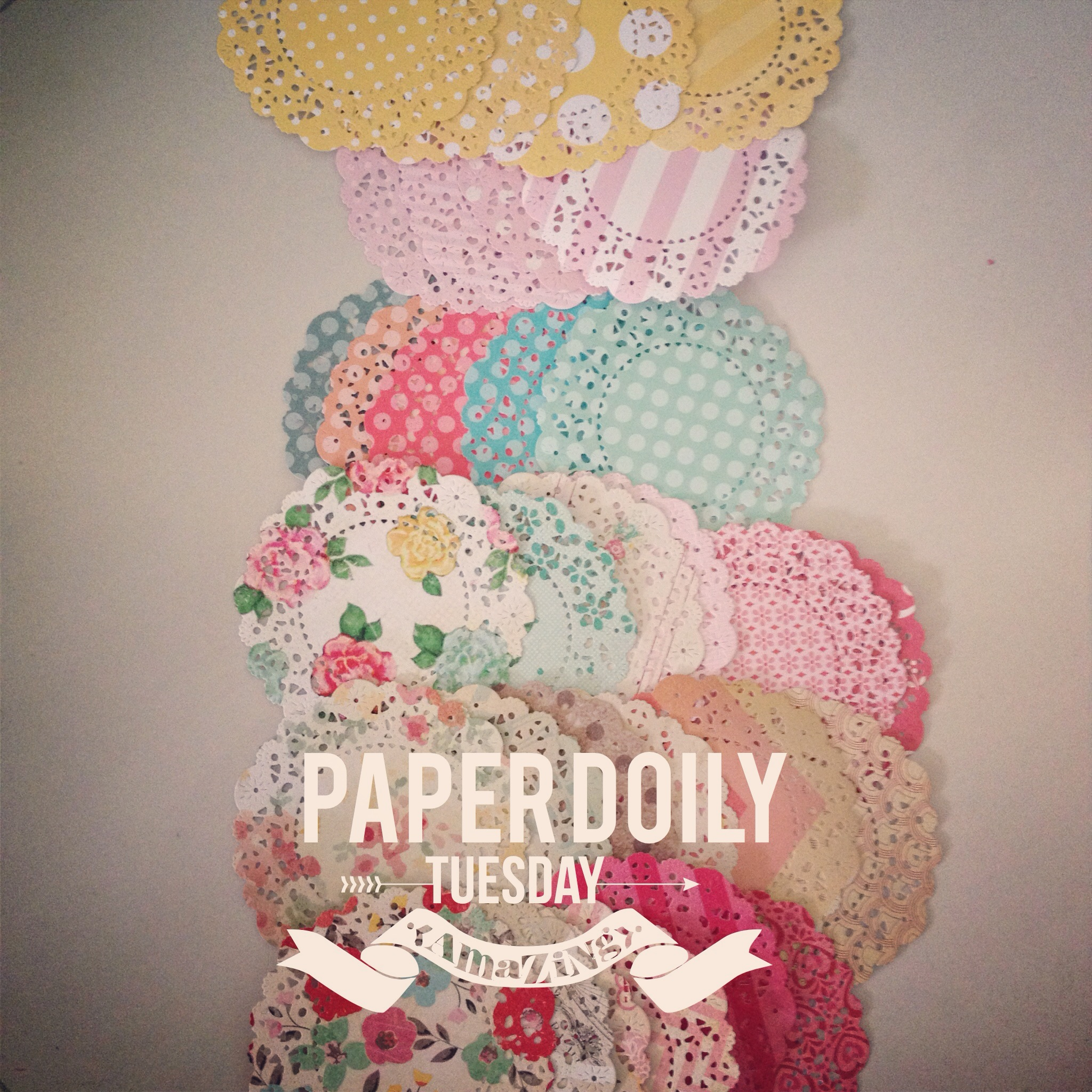 How to design scrapbook using colored paper - Paper Doily In Different Pattern And Color